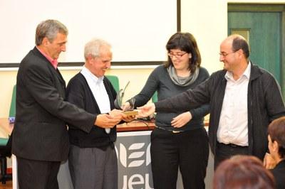 2012/2013 Ikasturte irekiera ekitaldia egin zuen atzo Udako Euskal Unibertsitateak