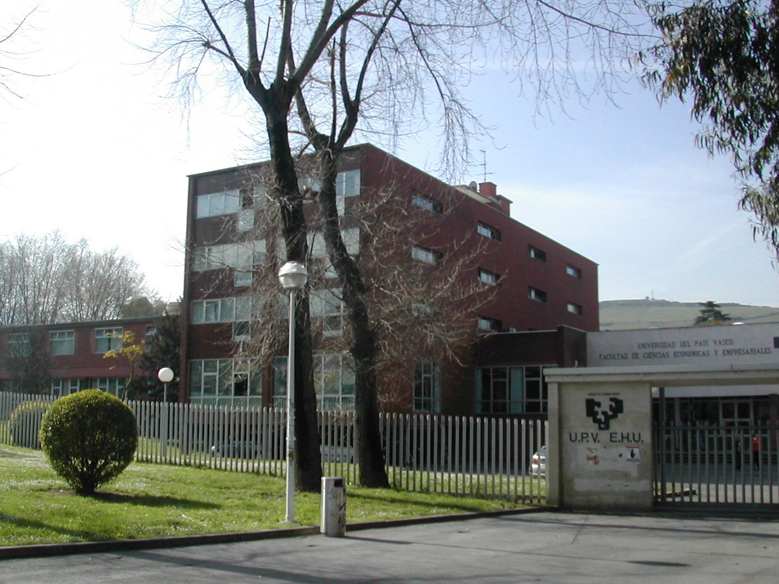 SARRIKO: Ekonomia eta Enpresa Zientzien Fakultatea