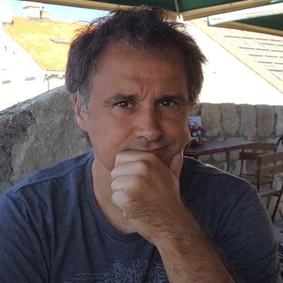 """Asier Sarasua Aranberri: """"Gurea moduko kultura txiki batean, zein garrantzitsua den komunitate bat garela bistaratzea"""""""
