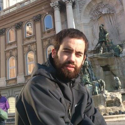 """Beñat Garaio: """"Nahiko lege-babes urria du euskarak, egunero zalantzan jartzen eta borrokatzen dena"""""""