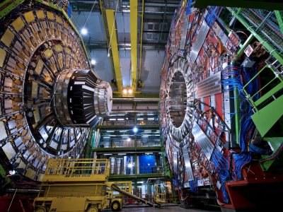 CERNera bisita Aranzadiren ostiral astronomikoan