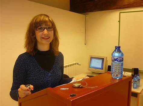 """Elena López de Arana: """"Haur eskoletan goiz eta arratsalde dauden umeek kortisol patroi aldaketa izan dezakete"""""""