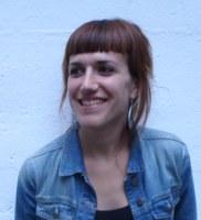 """Irantzu Fernandez: """"Heldutasunetik nerabezarorako maitasuna idealizatzeko joera dago"""""""
