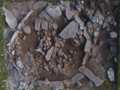 Jaizkibel V cromlech-a hilobi bezala erabili zen Brontze Aroan