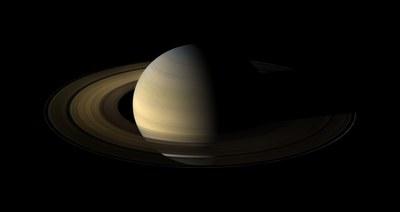 Saturnoren egun batek zenbat irauten duen zehaztu dute