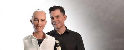 Sophia, munduko robot humanoide aurreratuena UPNA/NUPen egongo da ekainaren 7an
