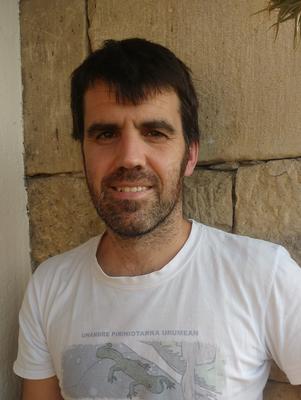 #txiotesia5eko esaldien hari-eroa, Iñaki Sanz-Azkueren eskutik