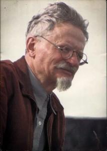 2.- Irudia: Leon Trotski