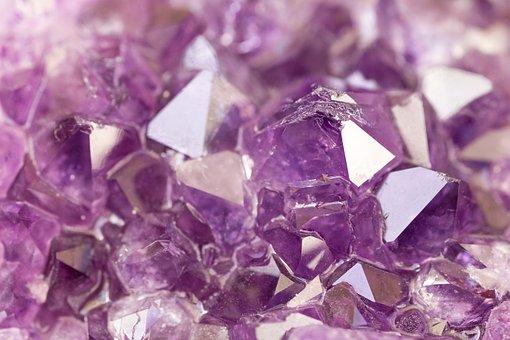 Urretxuko Udalak 8 begirale behar ditu Mineralogia eta Paleontologia asterako